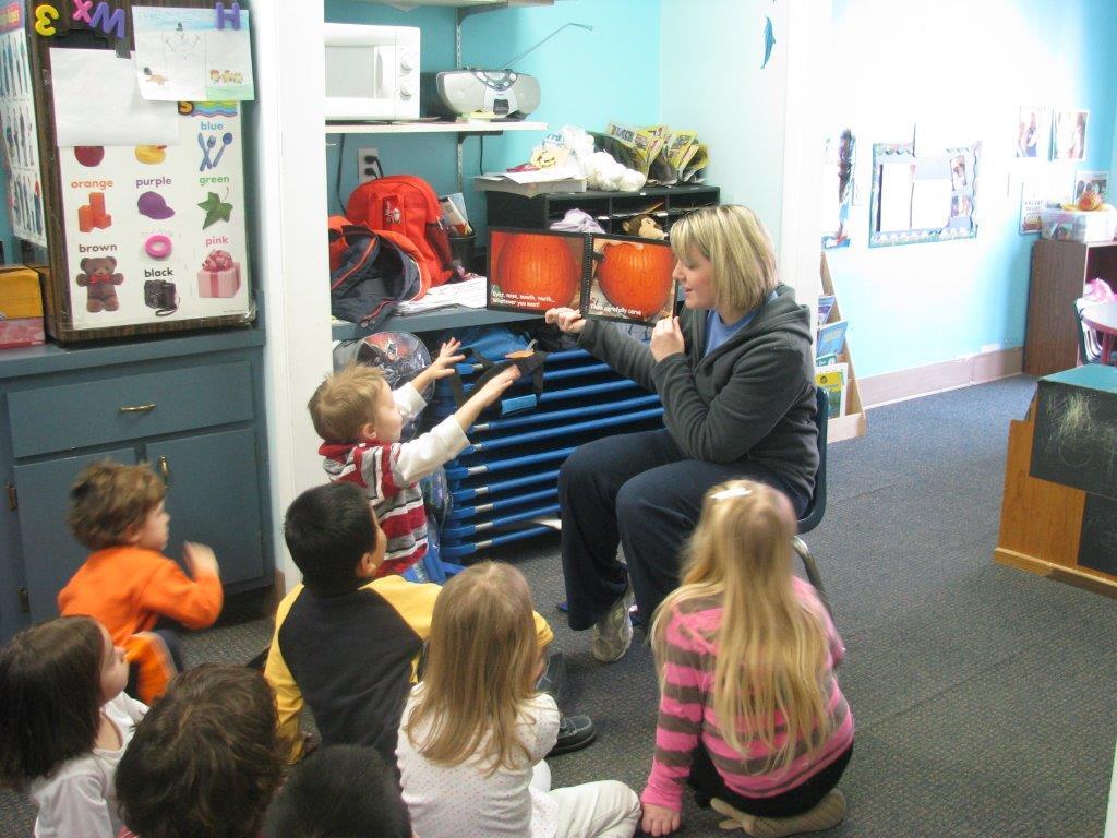 heart-balloon-aunt-kathys-preschool-truck-load-093